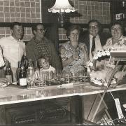 opening nieuwe winkel (bakkerij Snauwaert) 1984